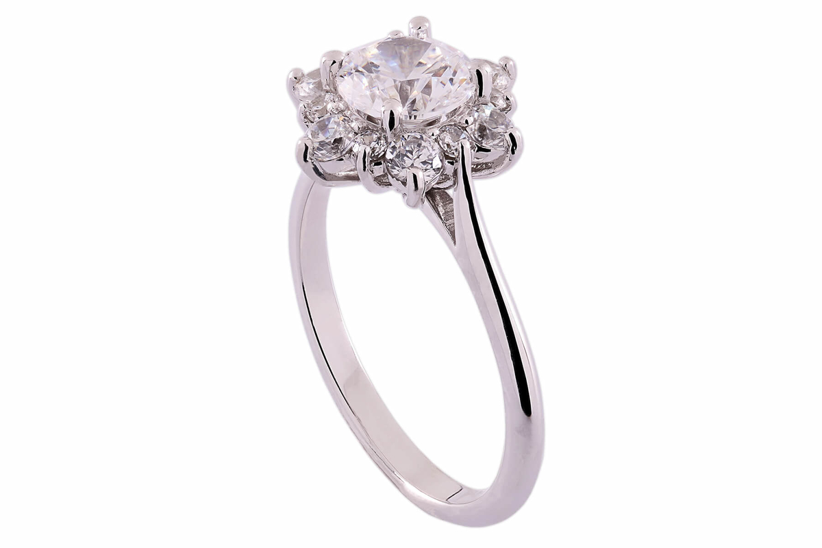 tok_jewellers_18k_white_gold_diamond_cluster_engagement_ring.jpg